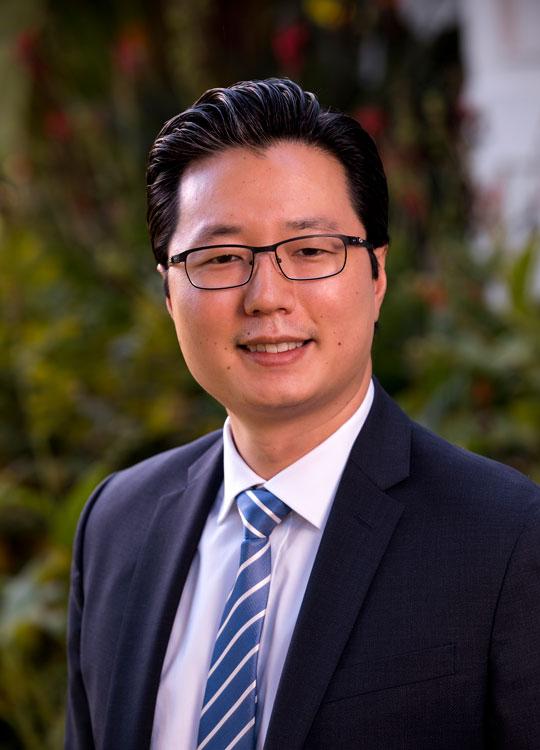 https://www.sbelaw.com/wp-content/uploads/2019/03/Jeffrey-Y.-Choi.jpg